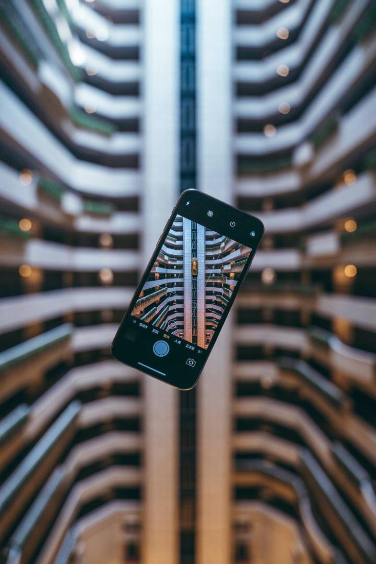 Współcześni konsumenci poszukują nowości w urządzeniach mobilnych