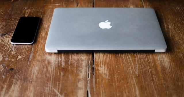 Naprawa sprzętu Apple – samodzielnie czy w serwisie?