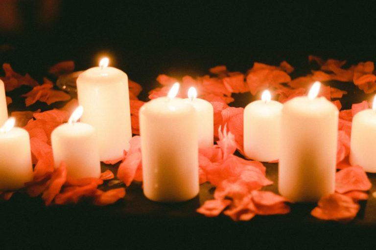 Świece zapachowe pomogą się odprężyć i wprowadzą wyjątkowy nastrój