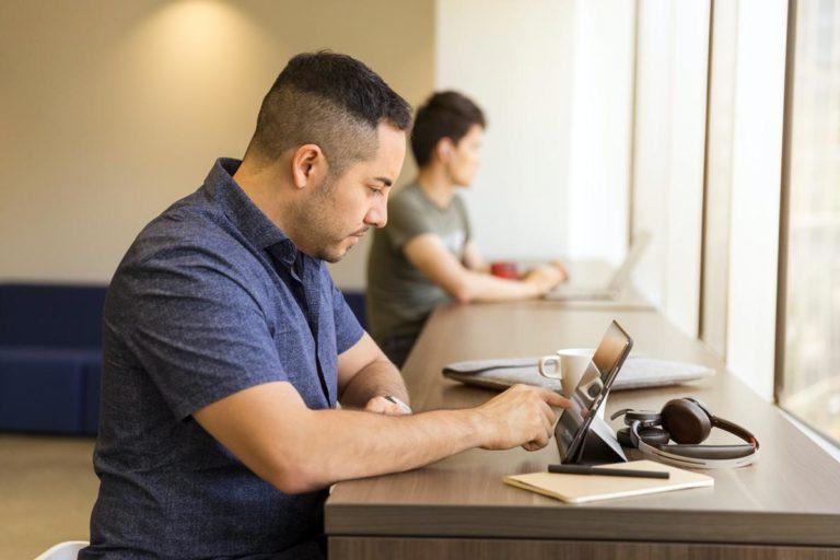 Dlaczego warto zatrudnić księgową?