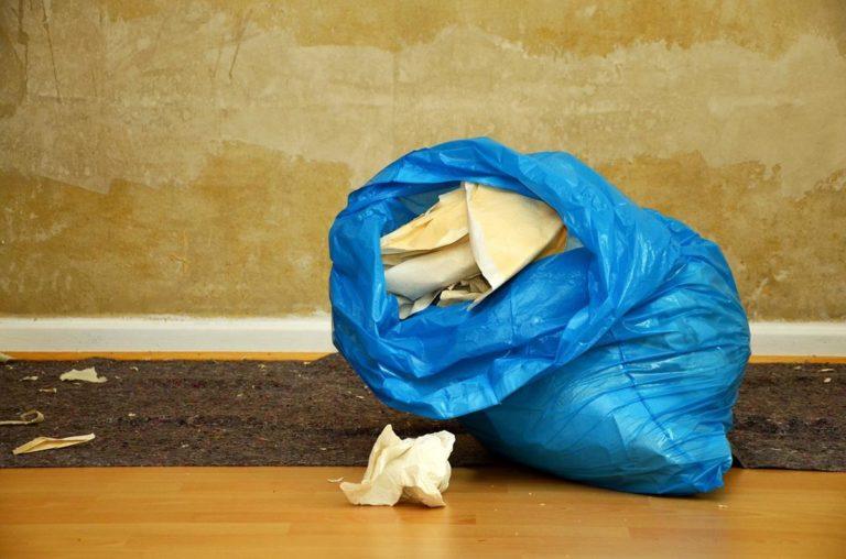 Szybki wywóz odpadów – jaką firmą wybrać?