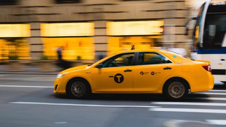 Liczy się dla ciebie komfort i wygoda, gdy idzie o podróżowanie taksówką?